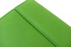 Funda en piel Ipad color verde - detalle costura