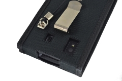 Funda Honeywell ScanPal EDA 50 detalle de pinza cinturon y orificios